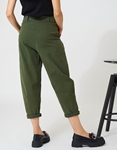 Εικόνα από Γυναικείο παντελόνι με πιέτες Χακί