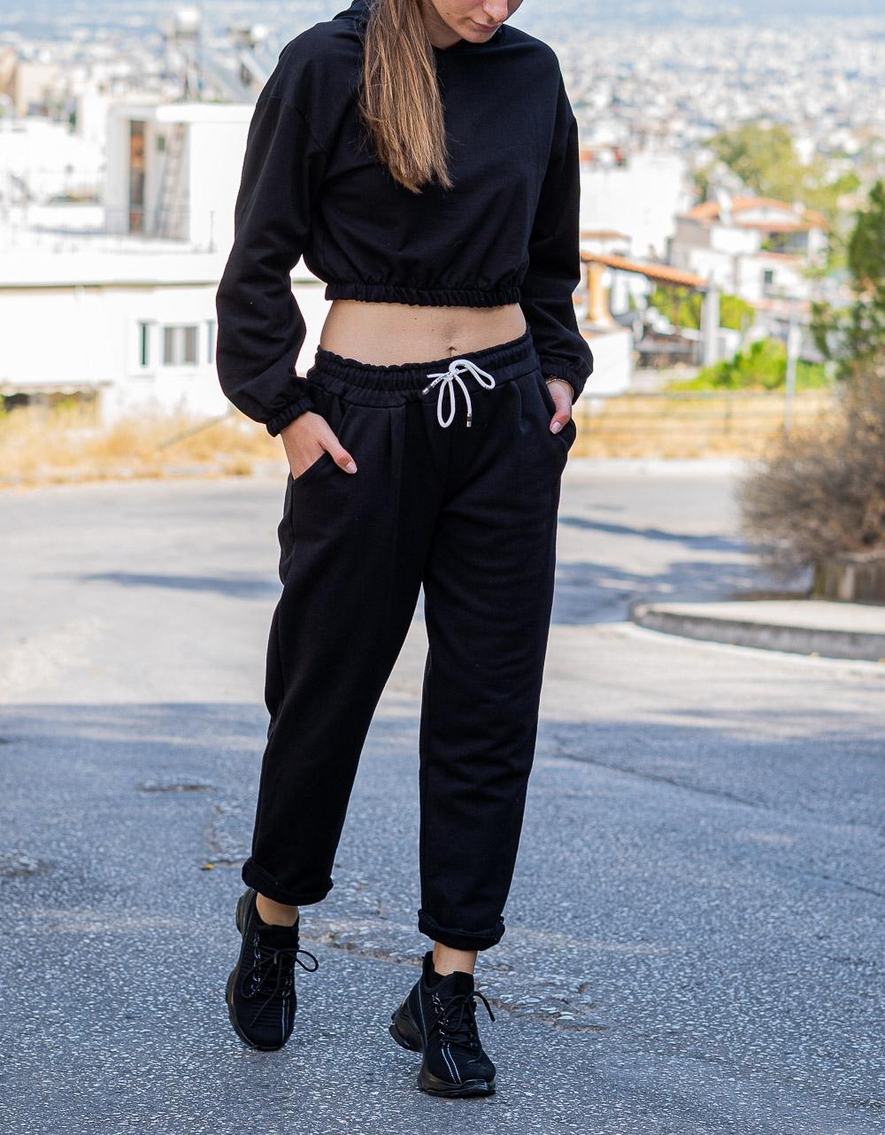 Εικόνα από Γυναικεία φόρμα μονόχρωμη Μαύρο