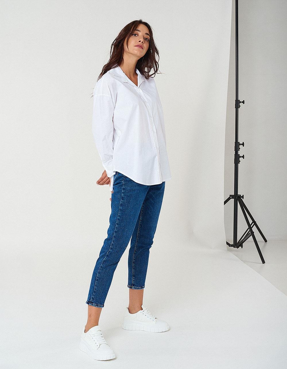 Εικόνα από Γυναικείo πουκάμισο basic με ανοίγματα Λευκό
