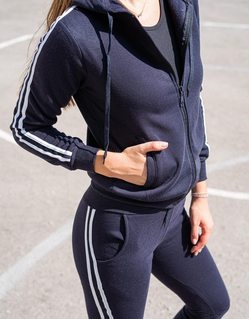 Εικόνα από Γυναικείο σετ μονόχρωμο με ρίγα Navy
