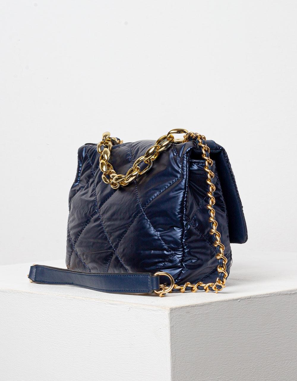 Εικόνα από Γυναικεία τσάντα puffy μονόχρωμη με αλυσίδα Navy