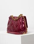 Εικόνα από Γυναικεία τσάντα puffy μονόχρωμη με αλυσίδα Μπορντώ