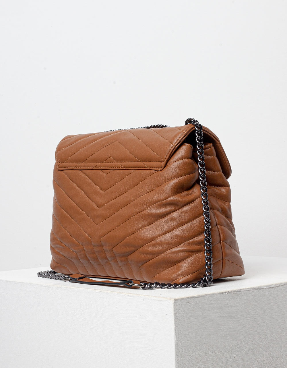 Εικόνα από Γυναικεία τσάντα ώμου με διακοσμητικό αστέρι Ταμπά