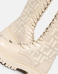 Εικόνα από Γυναικείες μπότες με κορδόνια Μπεζ